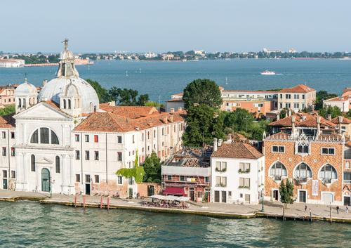 Правительство Италии запрещает круизные суда в центре Венеции